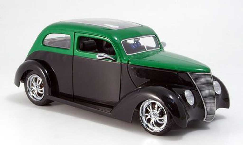 Ford Hot Rod 1/18 Yat Ming sedan noire/verte avec panoramadach 1937 miniature