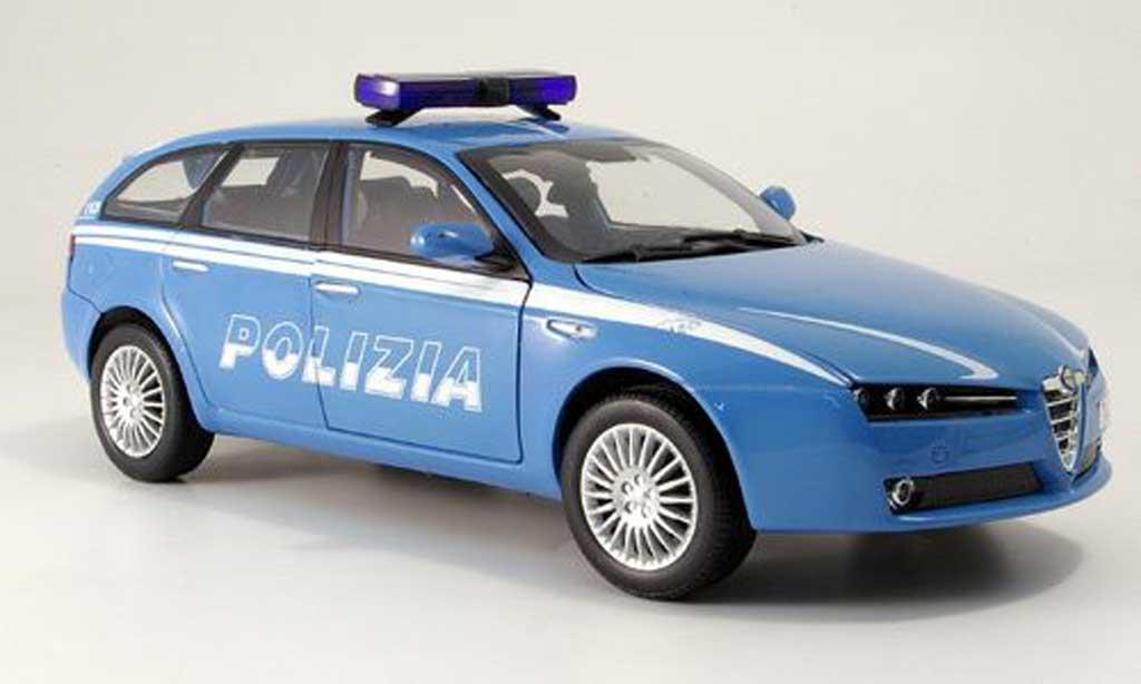 Alfa Romeo 159 1/18 Mondo Motors Sportwagon Polizia police Italien miniature