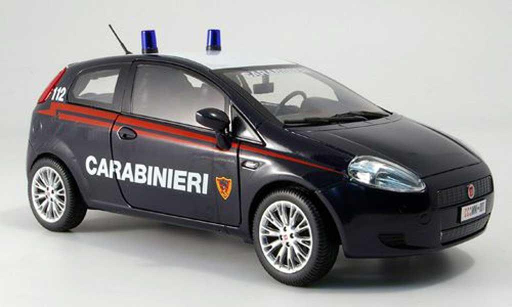 Fiat Grande Punto 1/18 Mondo Motors police carabinieri polizei italien miniature