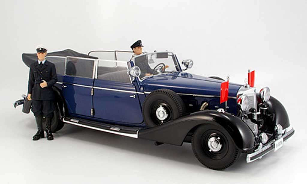 Mercedes 770 1/18 Signature cabriolet bleu (premium) 1938 miniature