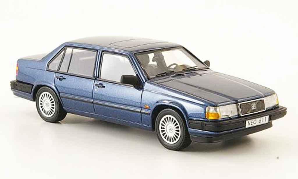 Volvo 940 1/43 Neo GLE bleu 1992 miniature