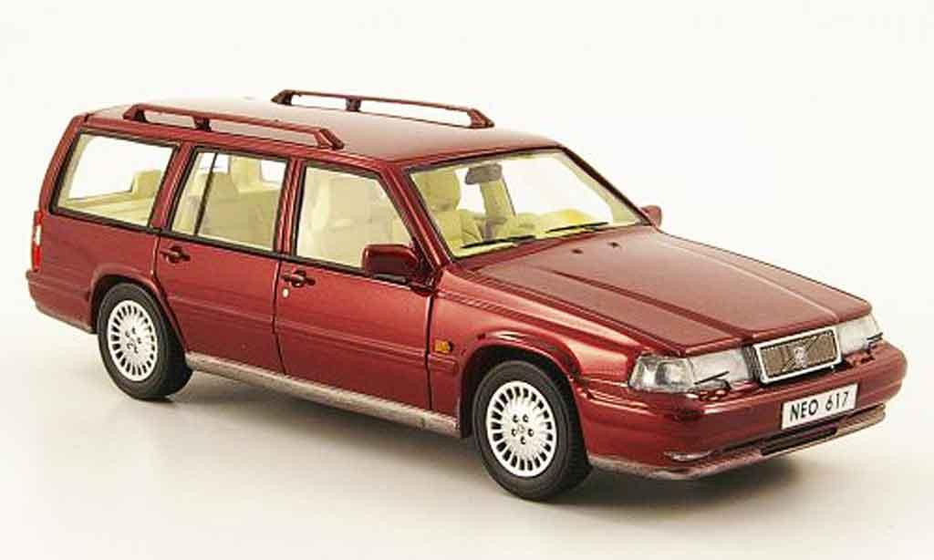 volvo 960 miniature kombi rouge 1992 neo 1 43 voiture. Black Bedroom Furniture Sets. Home Design Ideas