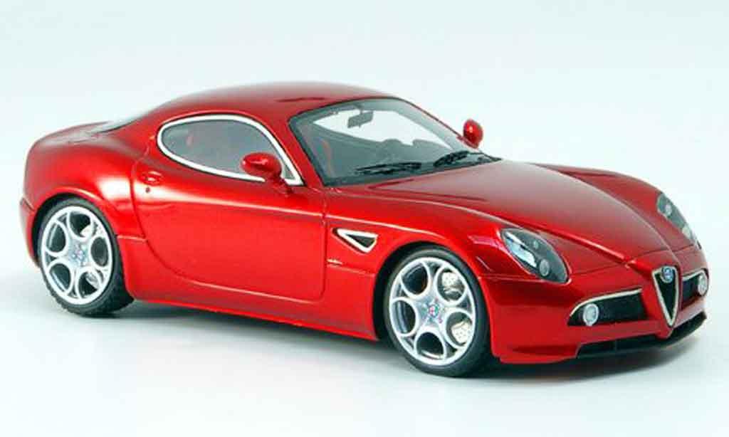 Alfa Romeo 8C Competizione 1/43 Look Smart rouge ausstellung frankfurt 2007 miniature