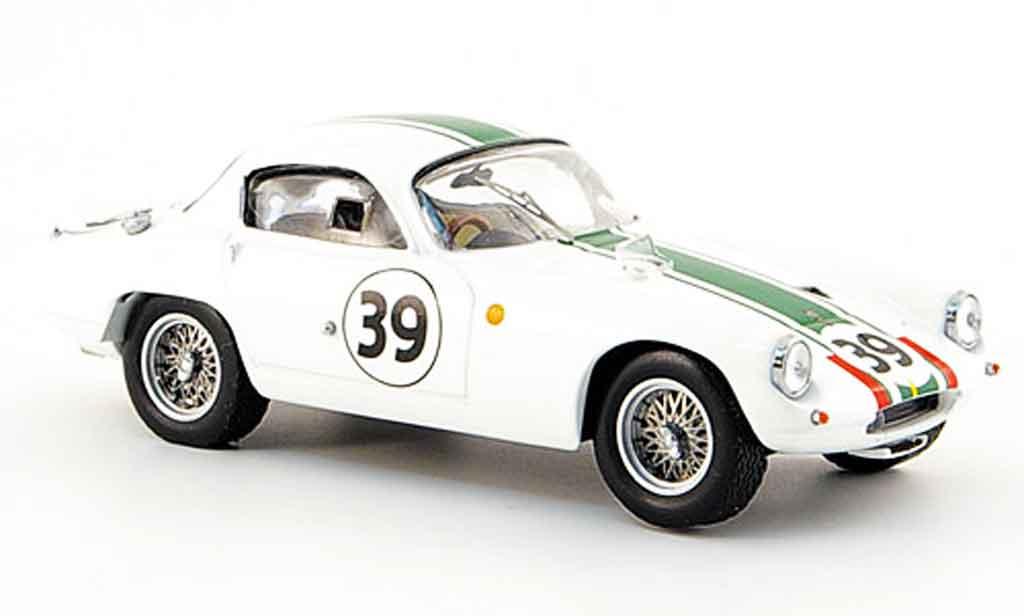 Lotus Elite 1/43 IXO no. 39 wagstaff fergussonklassensieger le 1963 miniature