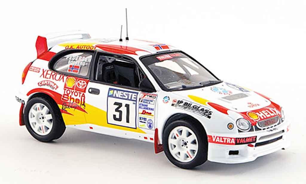 Toyota Corolla 1/43 IXO wrc no.31 rallye finnland 2000 miniature