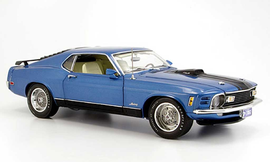 ford mustang 1970 miniature mach 1 bleu highway 61 1 18 voiture. Black Bedroom Furniture Sets. Home Design Ideas