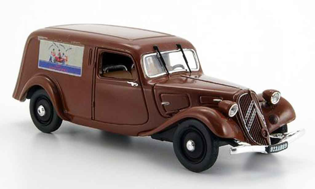 citroen traction 11 bl red fourgonnette jouet 1937 mcw diecast model car 1 43 buy sell diecast. Black Bedroom Furniture Sets. Home Design Ideas