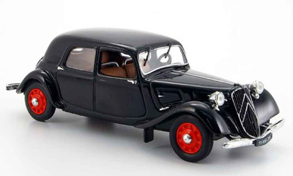citroen traction 11 b berline black 1939 mcw diecast model car 1 43 buy sell diecast car on. Black Bedroom Furniture Sets. Home Design Ideas