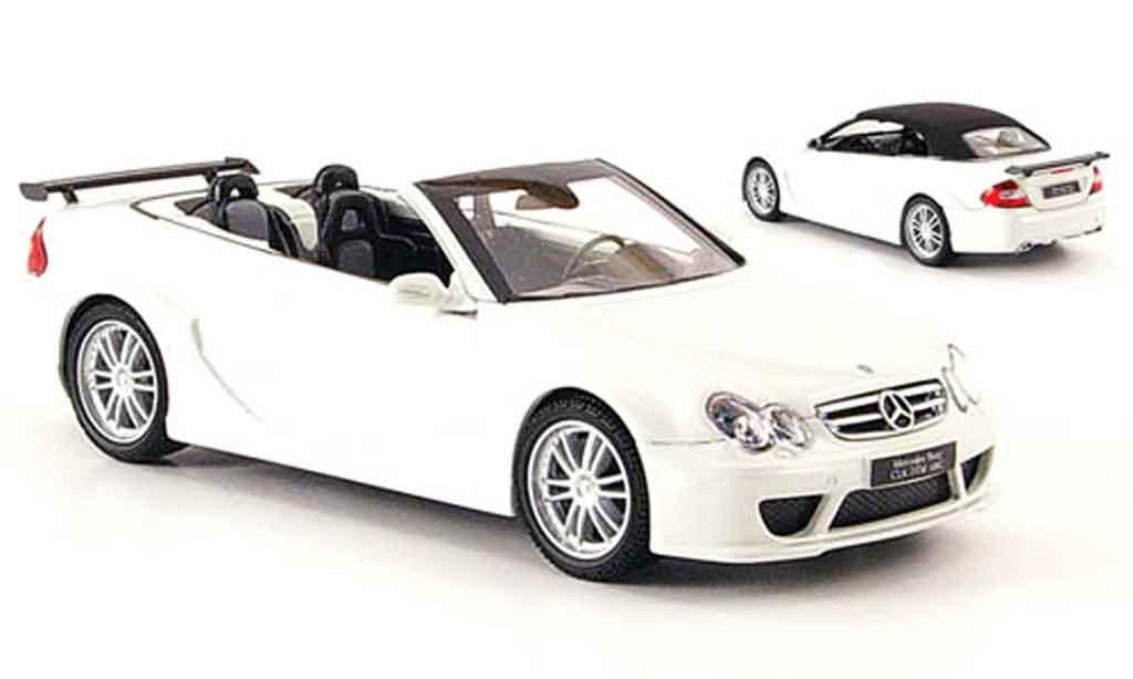 Mercedes Classe CLK DTM 1/43 Kyosho AMG Cabriolet blanche miniature