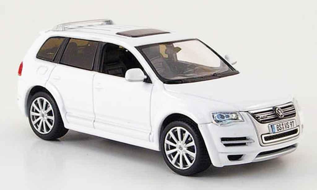 Volkswagen Touareg 1/43 Norev r50 blanche 2008 miniature
