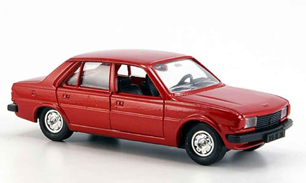 Peugeot 305 1/43 Solido rouge miniature