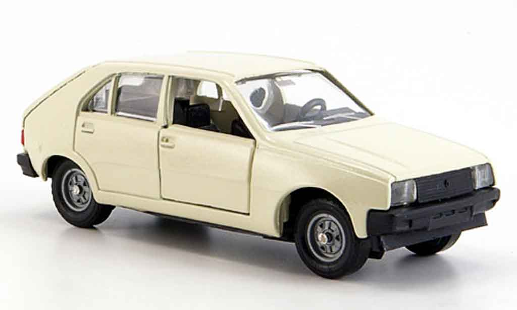 Renault 14 1/43 Solido white 1976 diecast model cars