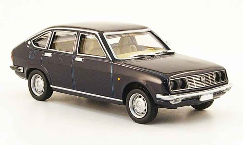 Lancia Beta berline 1/43 Pego bleu miniature