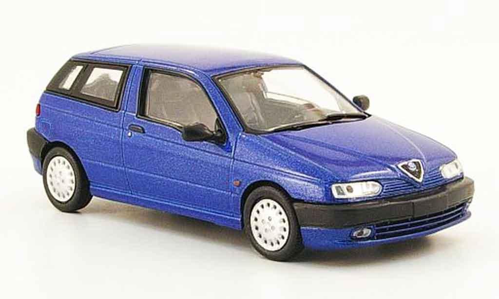 Alfa Romeo 145 1/43 Pego bleu 1995 miniature