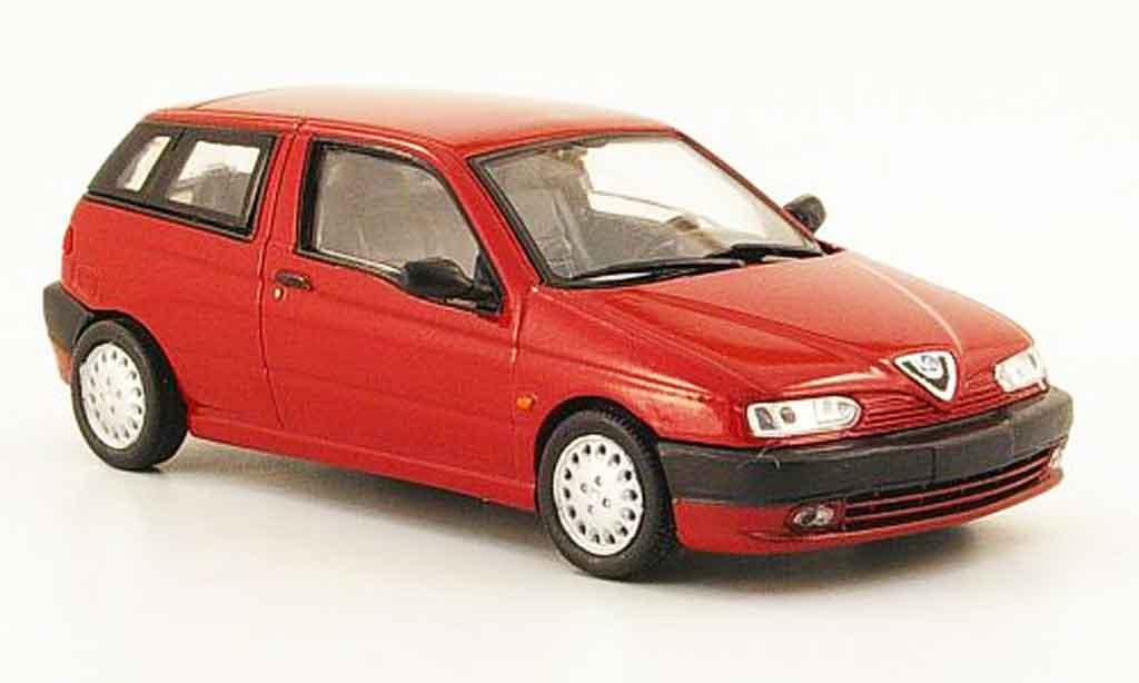 Alfa Romeo 145 1/43 Pego rouge 1995 miniature