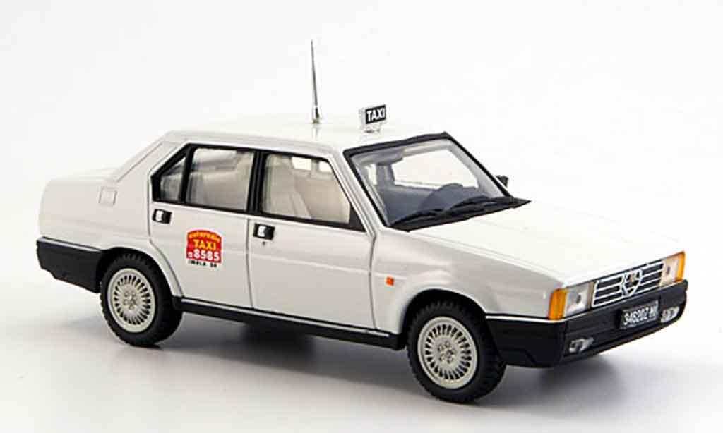 Alfa Romeo 90 1/43 Pego taxi mailand 1984 diecast model cars