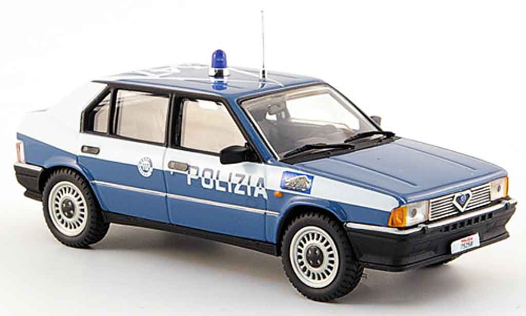 Alfa Romeo 33 1/43 Pego police squadra volante 1985 miniature
