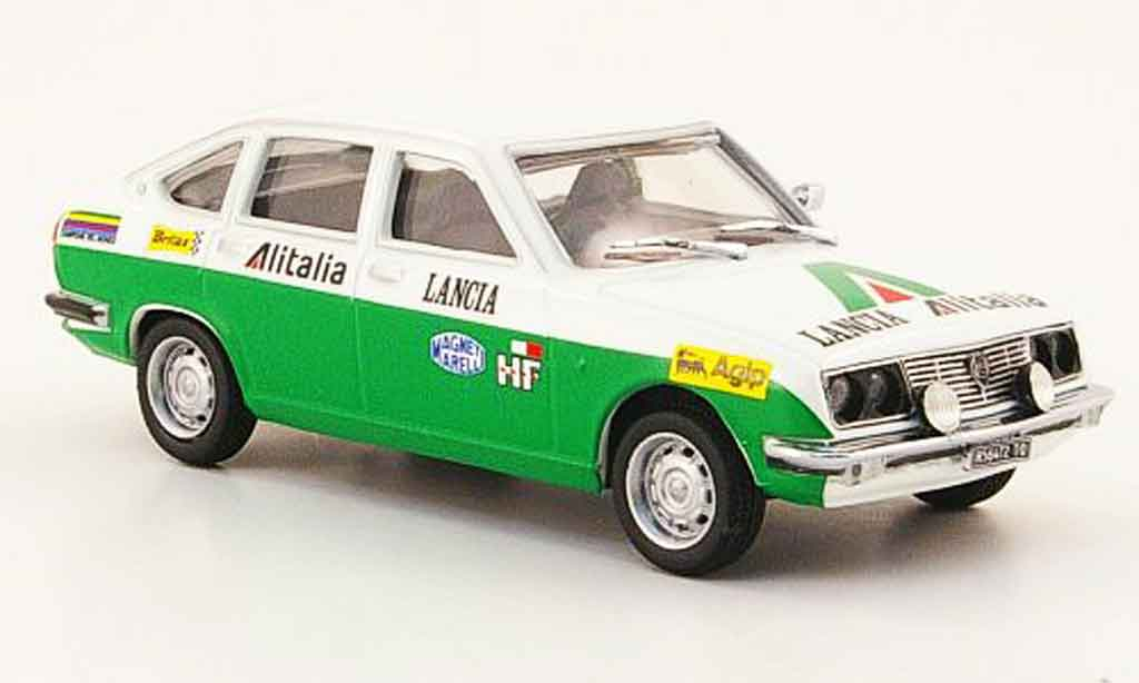 Lancia Beta berline 1/43 Pego assistenza rallye alitalia miniature