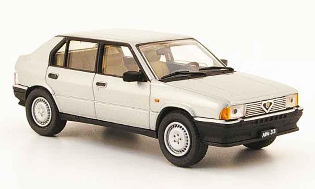 Alfa Romeo 33 1.7 1/43 Pego ie grise metallisee 1986 miniature