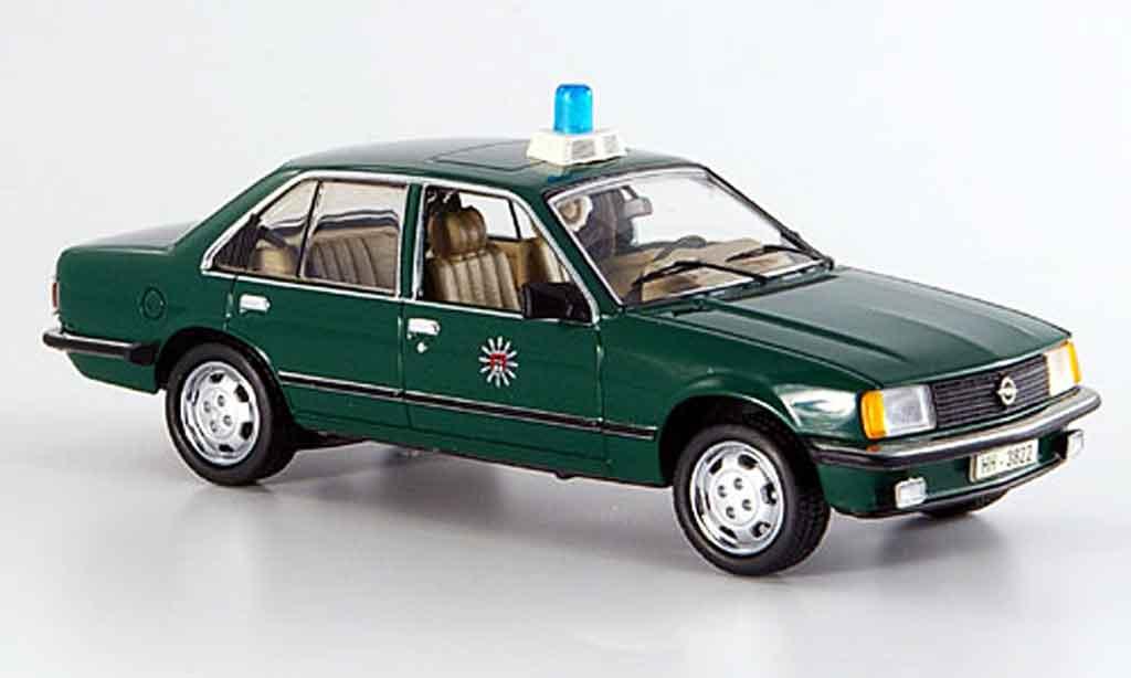 Opel Rekord 1/43 Schuco e police hamburg miniature
