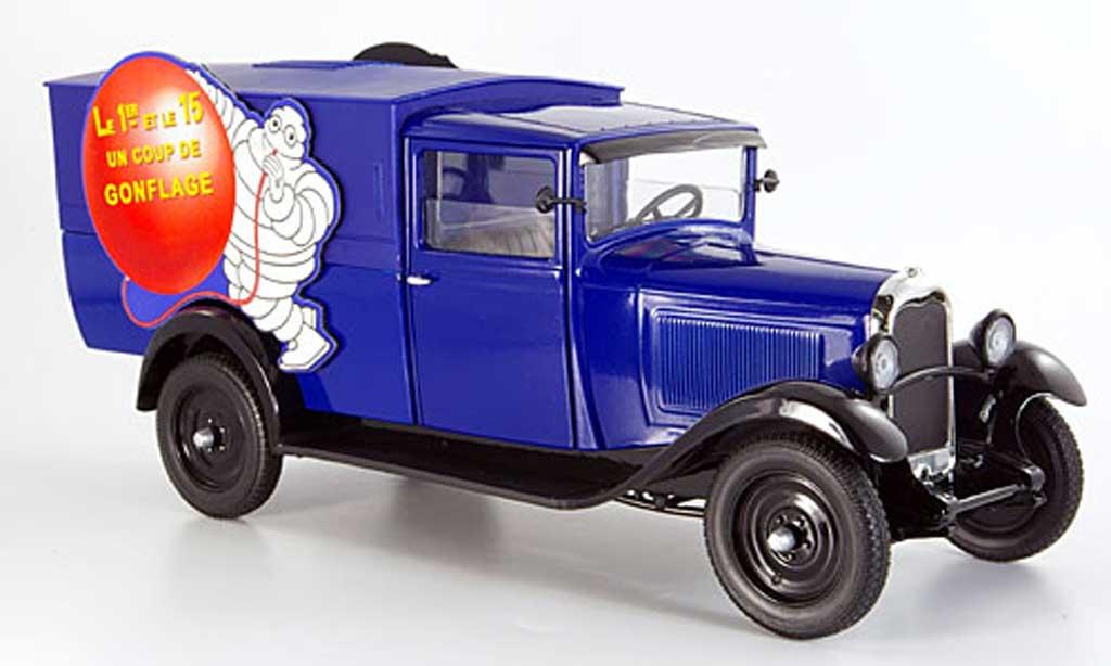 Citroen C4 1930 1/18 Solido lieferwagen michelin un coup de conflage