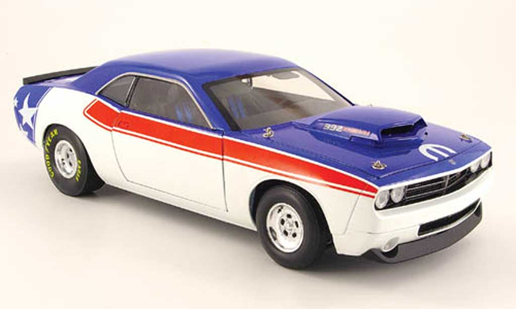 Dodge Challenger Super Stock 1/18 Highway 61 392 hemi super stock rouge blanche bleu 2008 miniature