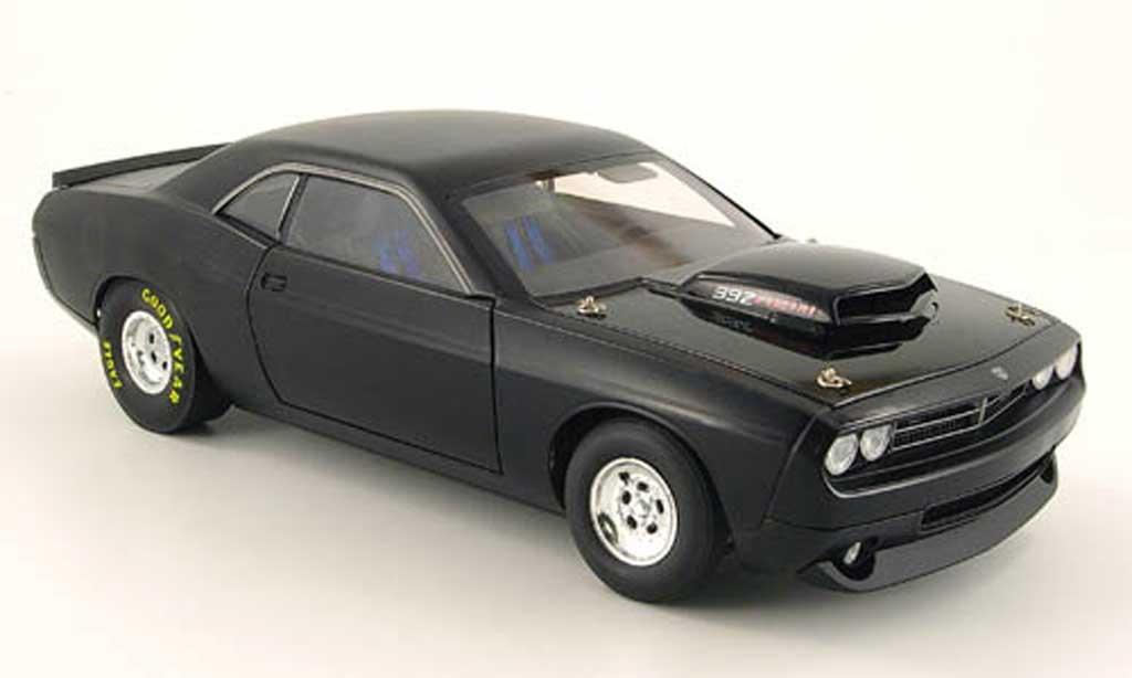 Dodge Challenger Super Stock 1/18 Highway 61 392 hemi super stock mattnoire 2008 miniature