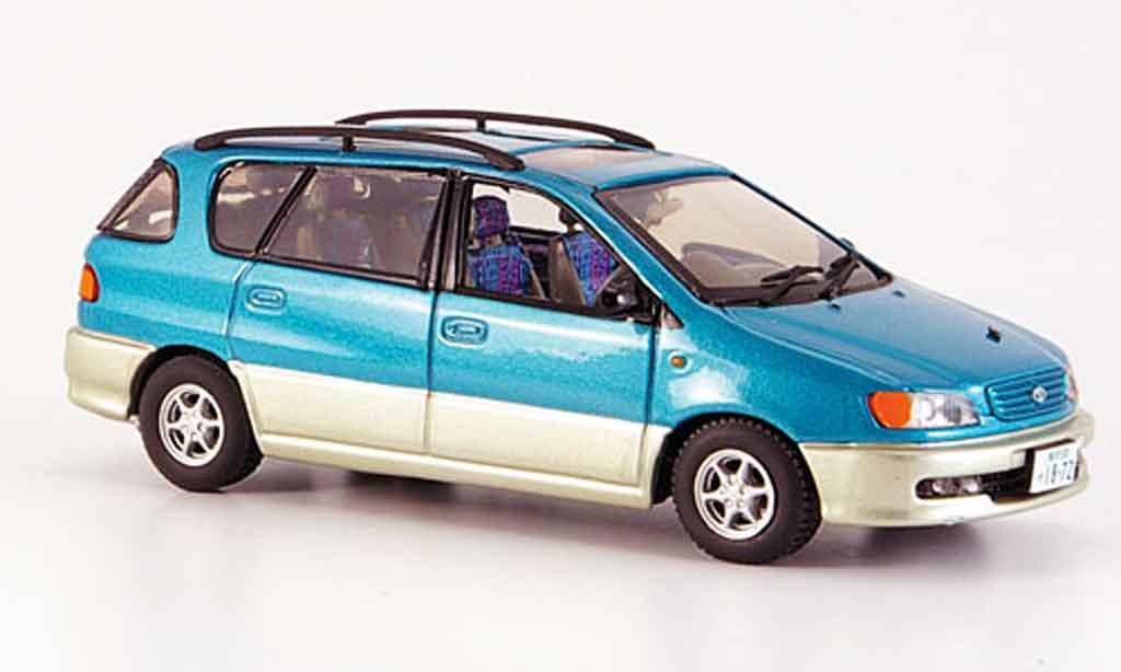 Toyota Ipsum 1/43 Vitesse verte grise metallisee 2002 miniature