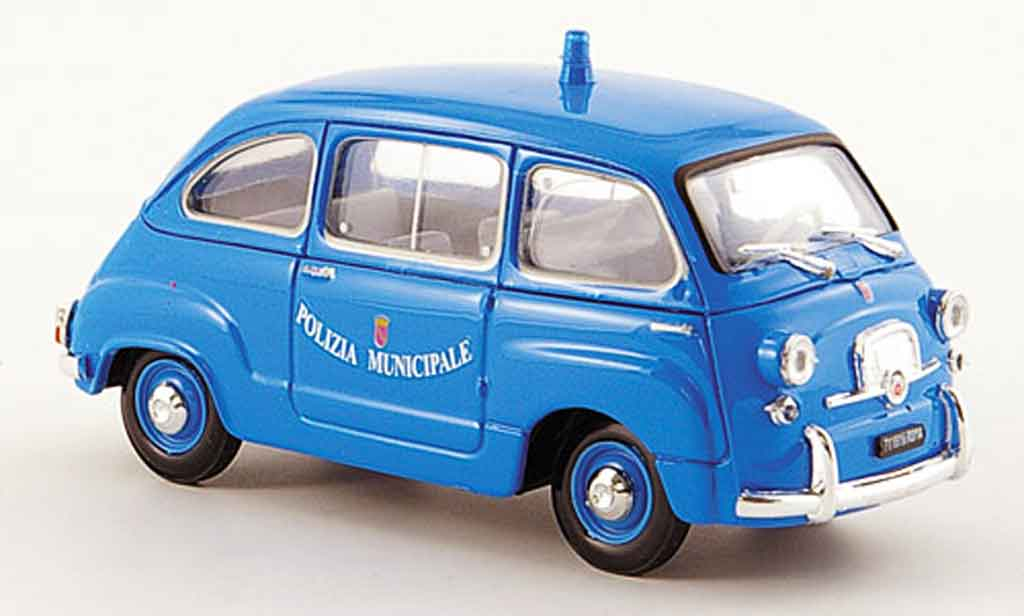 fiat 600 miniature d multipla polizia municipale roma police 1964 brumm 1 43 voiture. Black Bedroom Furniture Sets. Home Design Ideas