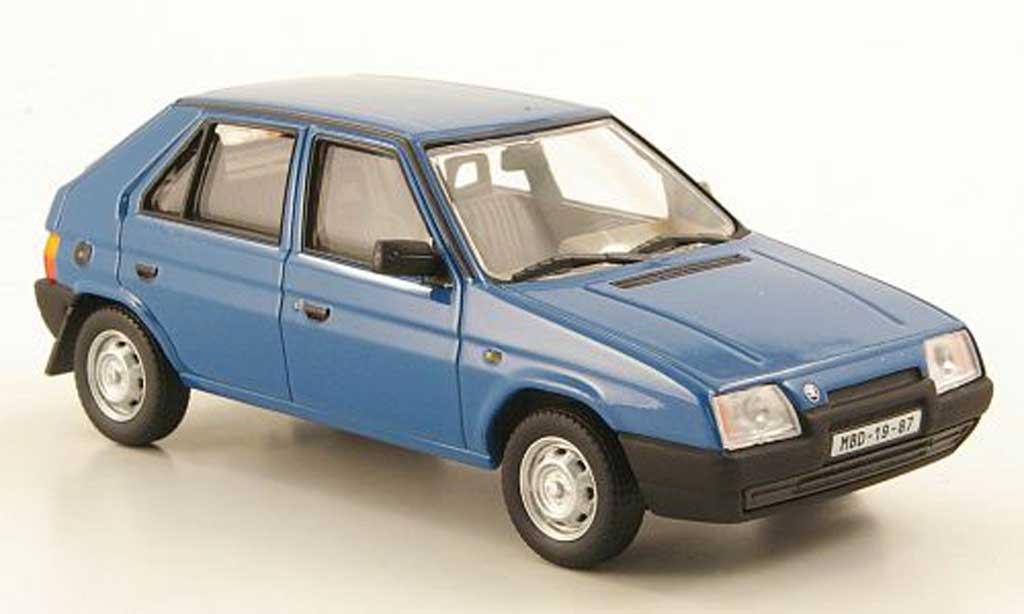 Skoda Favorit 1/43 Abrex 136 L bleu 1987 miniature