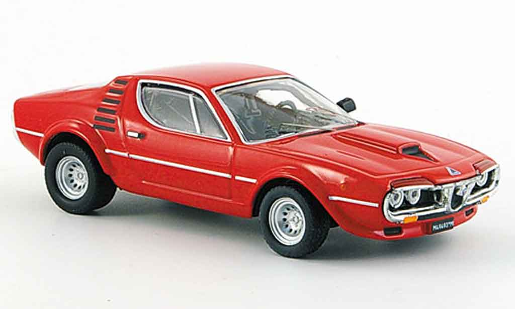 Alfa Romeo Montreal 1/43 M4 rennversion prasentation london 1973 miniature