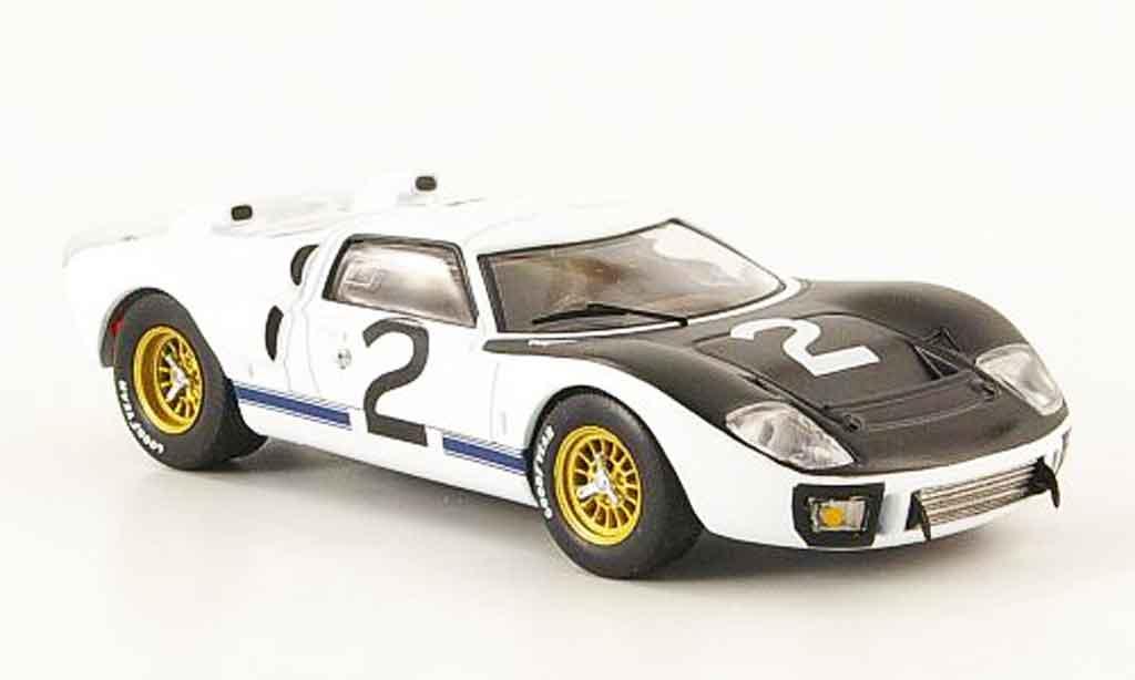 Ford GT 40 1/43 IXO MK II No.2 Le Mans Test 1966 miniature