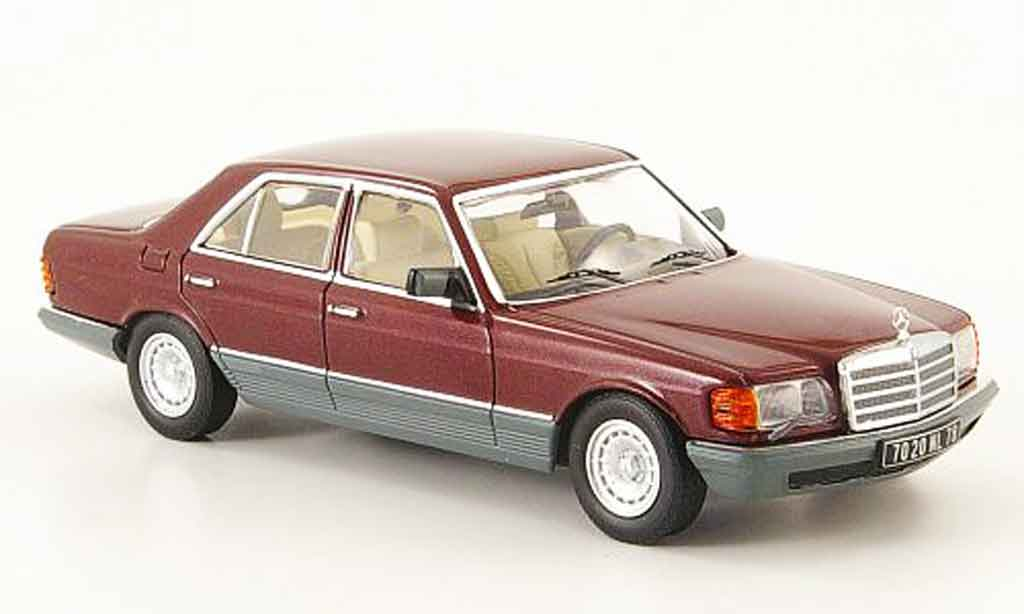Mercedes 500 SE 1/43 IXO 500 SE (W126)  rouge grise 1980 miniature