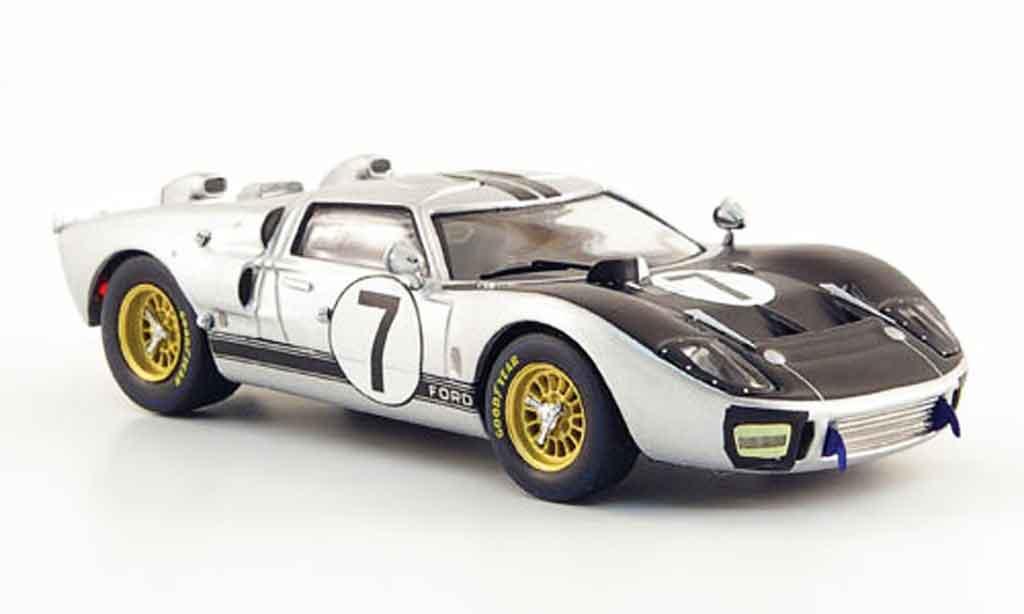 Ford GT 40 1/43 IXO MK II No.7 24h Le Mans 1966 miniature