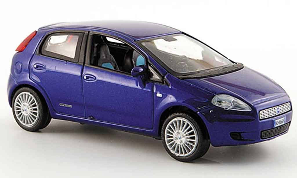 fiat punto grande miniature bleu funfturig 2005 norev 1 43 voiture. Black Bedroom Furniture Sets. Home Design Ideas