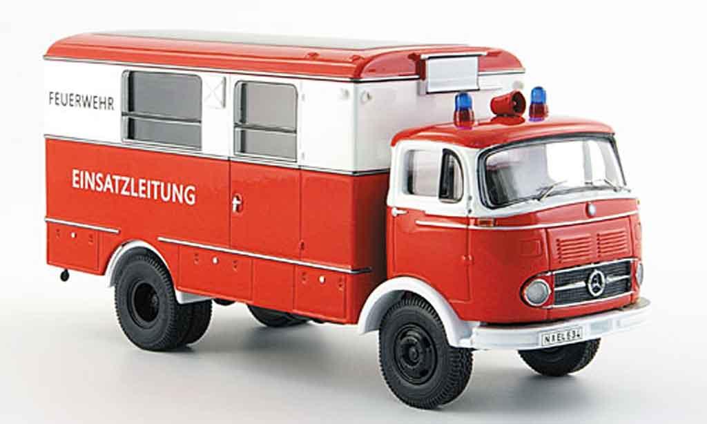 Mercedes LP 911 1/43 Premium Cls pompier Koffer LKW miniature