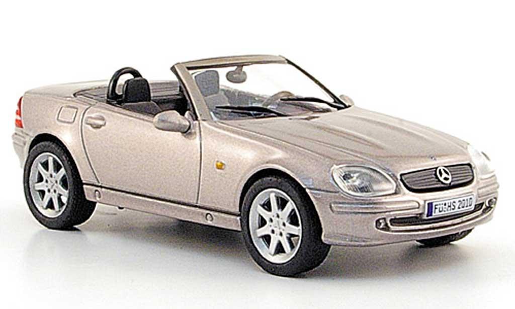 mercedes slk r170 silbergrau 2003 solido modellauto 1 43. Black Bedroom Furniture Sets. Home Design Ideas