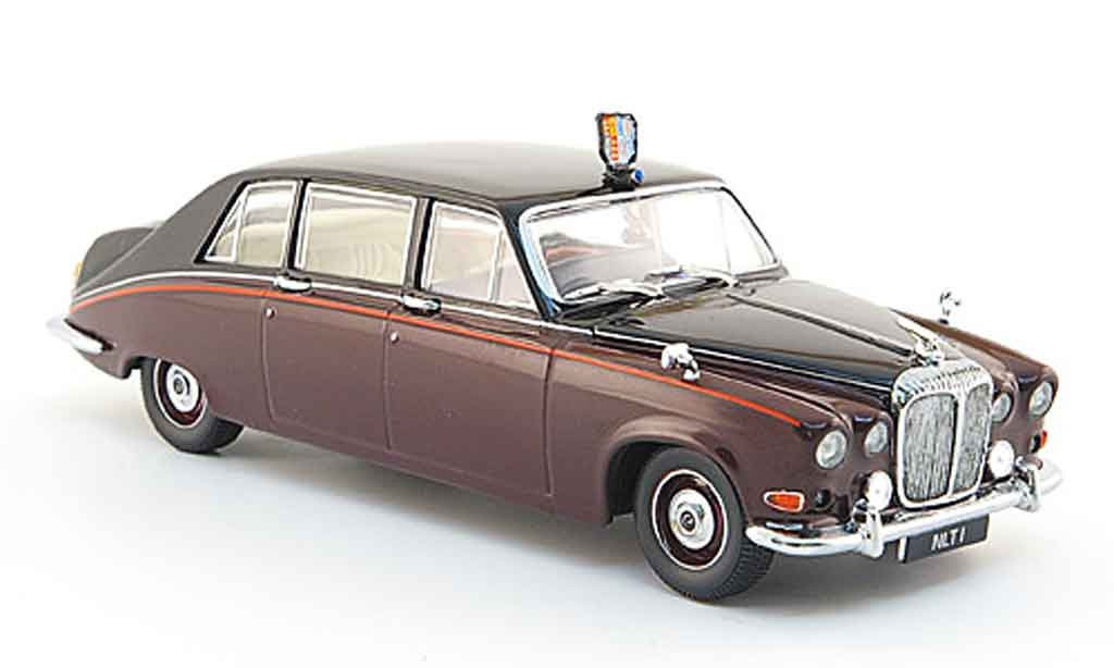 Daimler DS 420 1/43 Oxford rouge noire Queen Mother miniature