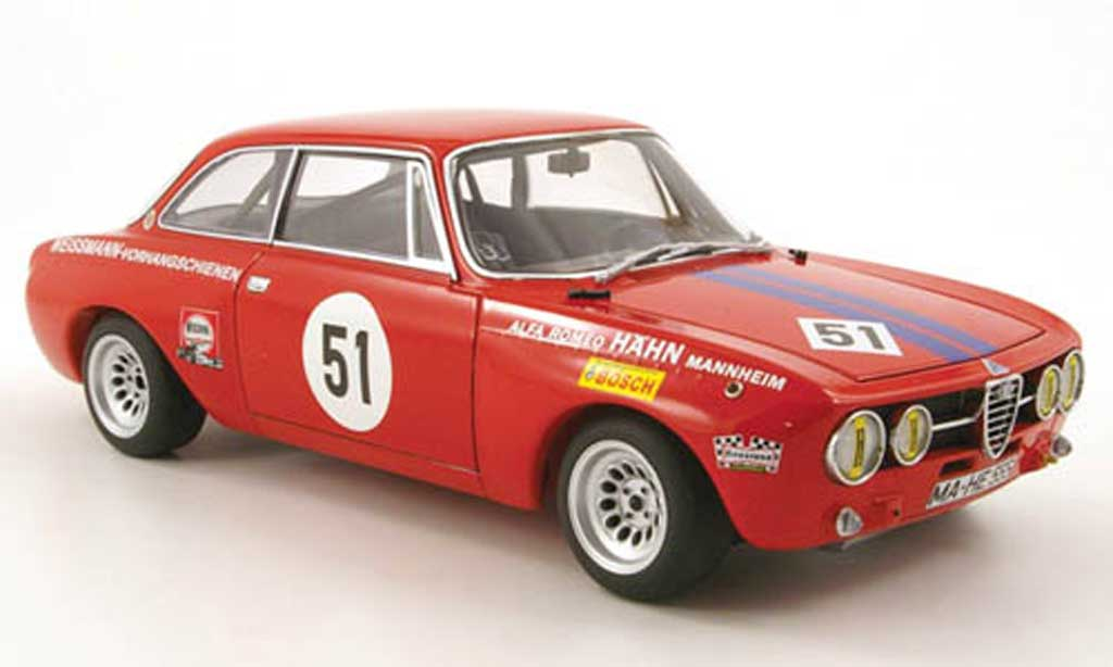 Alfa Romeo Giulia GT Am no.51 h.ertl drm 1971 Autoart. Alfa Romeo Giulia GT Am no.51 h.ertl drm 1971 miniature 1/18
