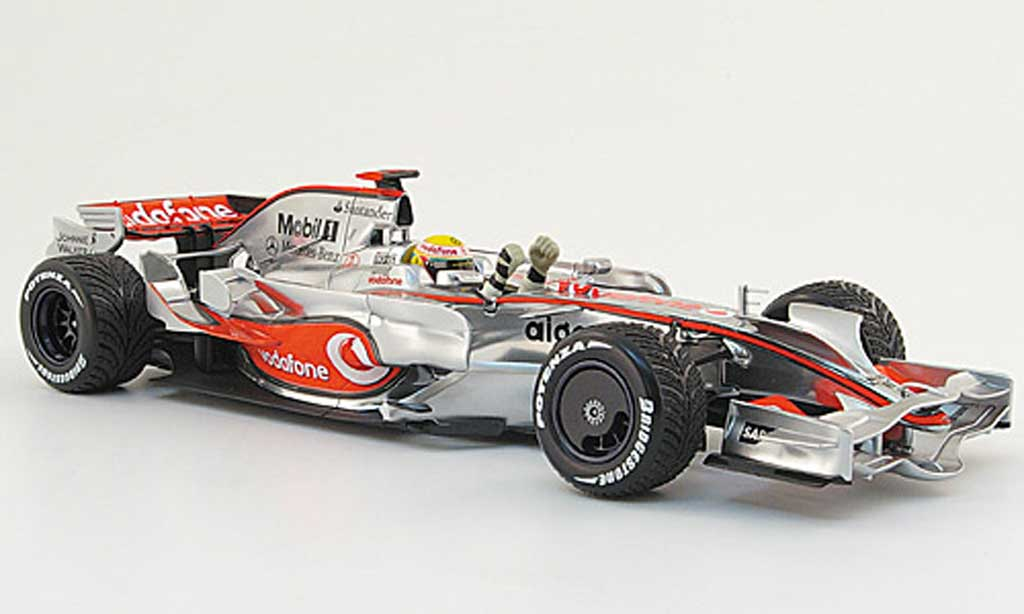 Mercedes F1 1/18 Minichamps mclaren mp 4 23 no.22 vodafone l.hamilton 2008 miniature