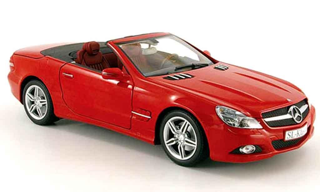 mercedes sl cabriolet  r230  red 2008 minichamps diecast