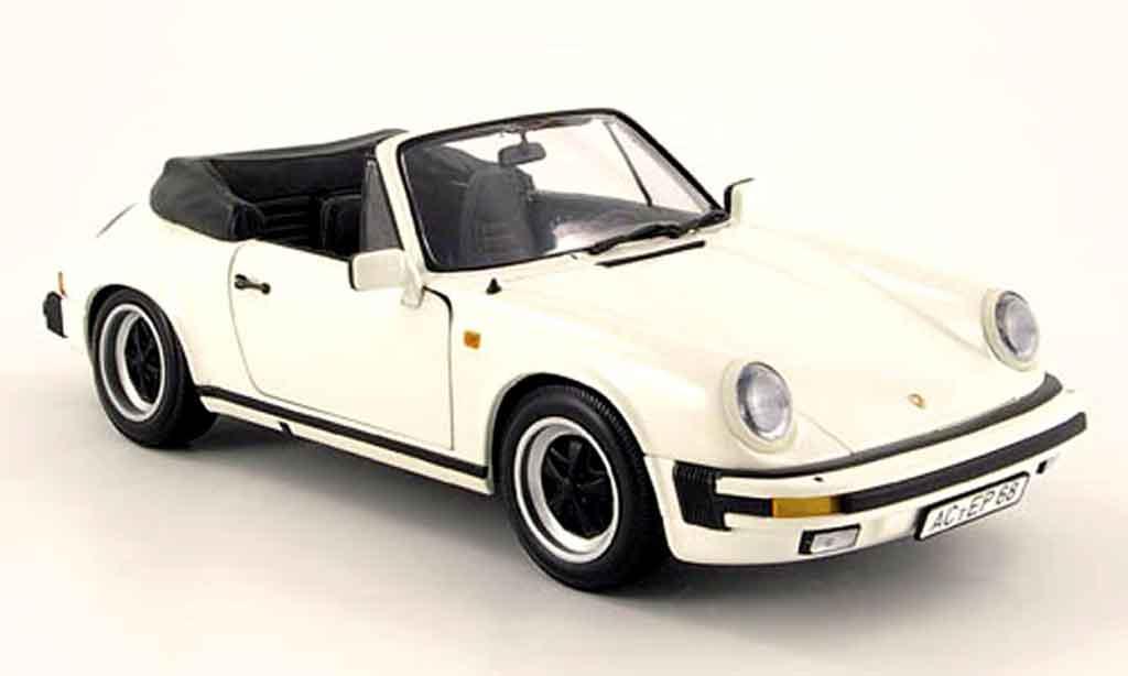 Porsche 930 Speedster 1/18 Minichamps carrera blanche 1983 miniature