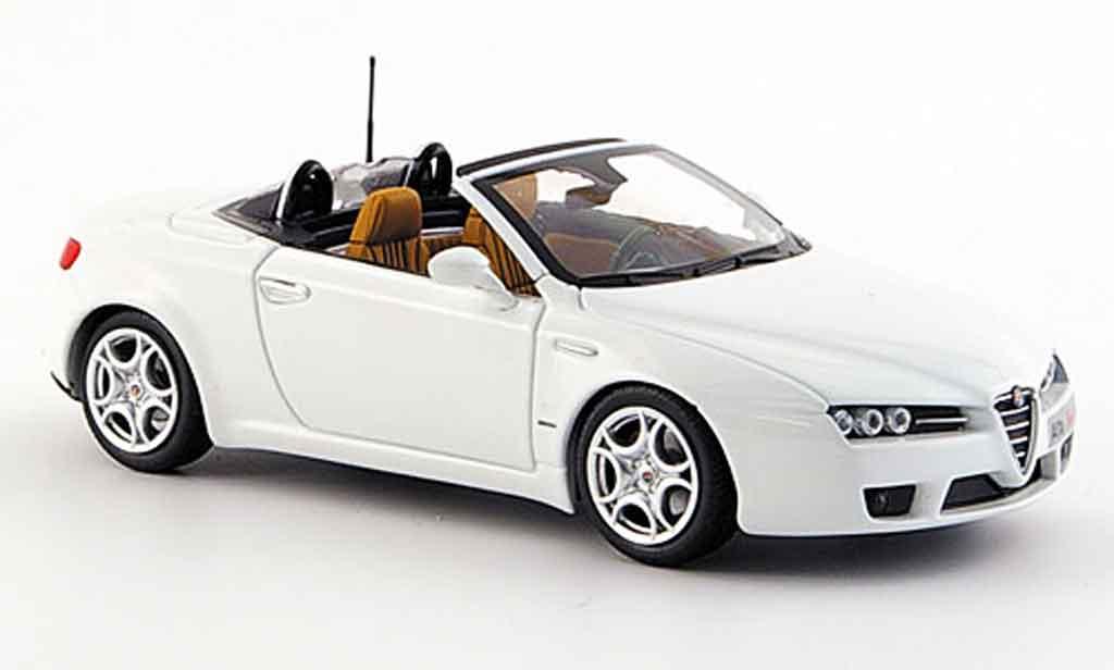 Alfa Romeo Spider 1/43 Minichamps edizione 2008 white 2007 diecast model cars