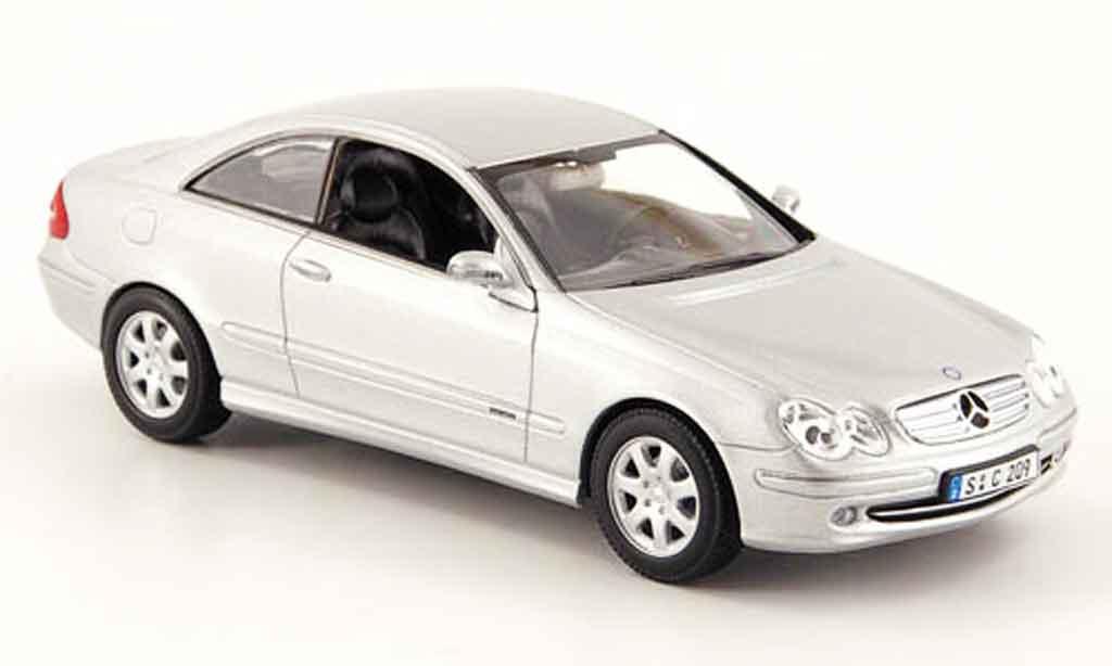 Mercedes Classe CLK 1/43 Minichamps Klasse (C209) grise metallisee 2001 miniature