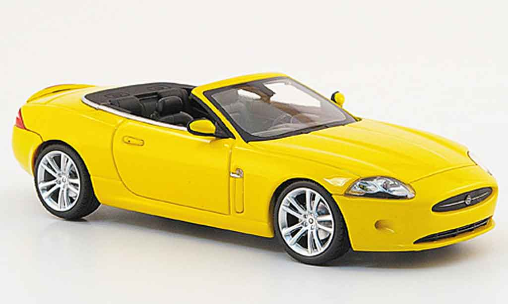 Jaguar XK Cabriolet 1/43 Minichamps jaune 2008 miniature