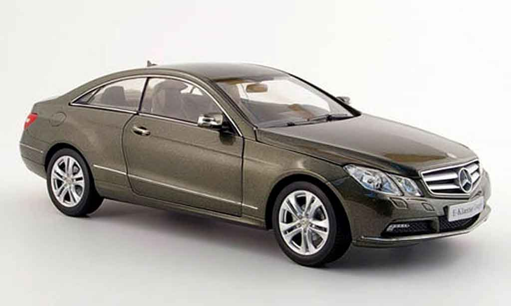 mercedes classe e coupe c 207 gray 2009 norev diecast model car 1 18 buy sell diecast car on. Black Bedroom Furniture Sets. Home Design Ideas