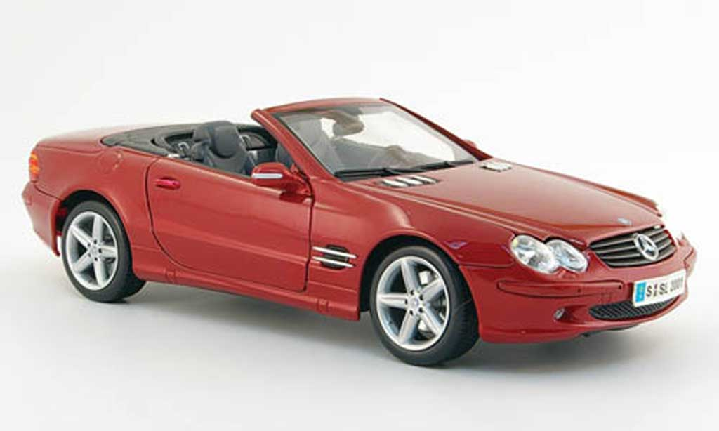 Mercedes Classe SL cabriolet 1/18 Maisto rouge avec licht und sound miniature