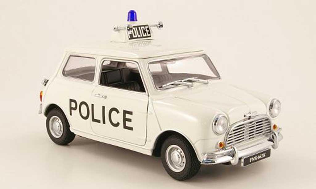 Austin Mini Cooper S 1/18 Kyosho police (gb) 1968 miniature