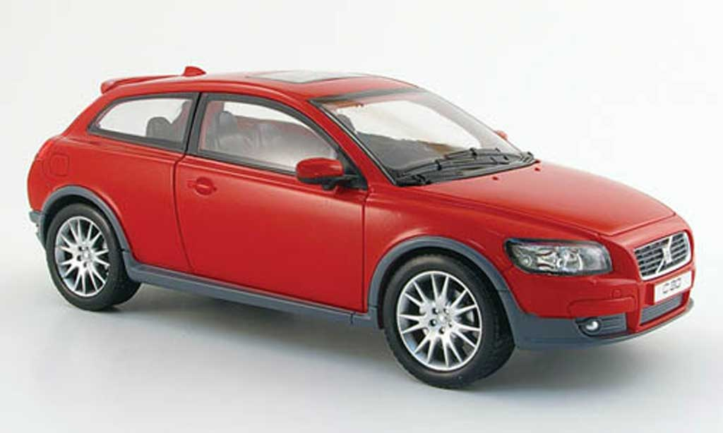 Volvo C30 1/18 Powco rouge 2006 miniature