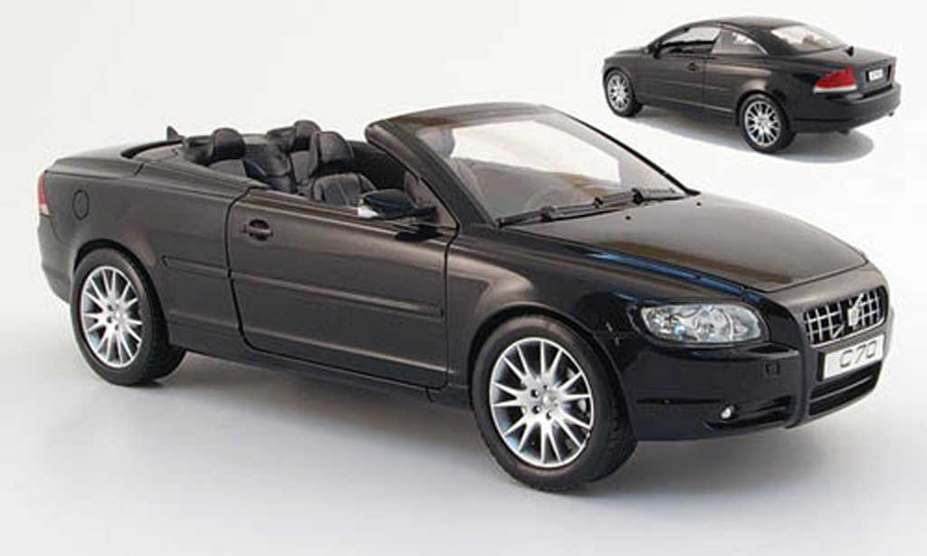 Volvo C70 1/18 Powco cabriolet noire 2006 miniature